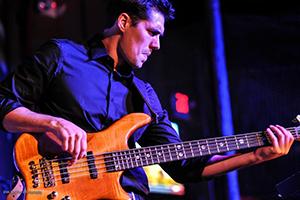 Dominic Therrien
