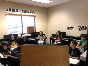 Group piano lessons in Phoenix